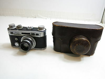 Vintage Perfex Fifty Five Camera With 1:2.8 / 5 Cm Lens With Leather Case