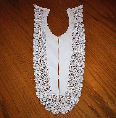 Beautiful Vintage Jeweled Ivory-Colored Lace Victorian Edwardian Dress Collar