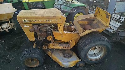 Minneapolis Moline 110 Lawn Tractor