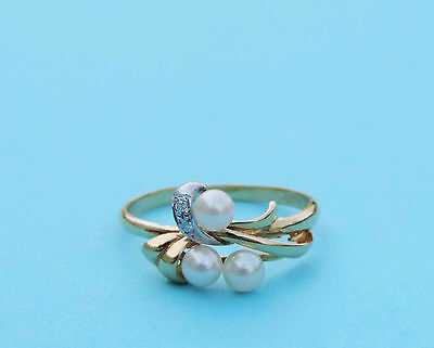 Ladies Cultured Pearl Cluster Ring With 2 Genuine Diamonds - 18k Yellow Gold