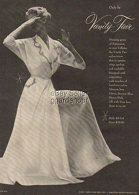 1953 Vanity Fair Nightgown 50's Lingerie Shaw photo Original Vintage Print Ad
