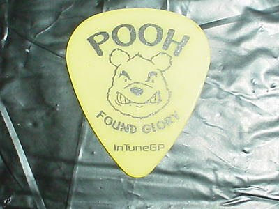 NEW FOUND GLORY Band Pooh Bear Drawing 2006 Concert Tour YELLOW GUITAR PICK