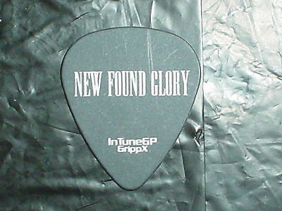 NEW FOUND GLORY Band Logo & 2006 IAN as SLASH Concert Tour BLACK GUITAR PICK