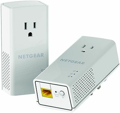 NETGEAR Powerline 1200 + Extra Outlet (PLP1200)