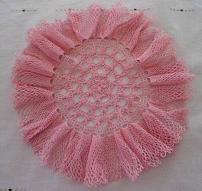 """Vintage Pink Crochet Lace Center Doily Ruffled Edge Plate 9"""""""