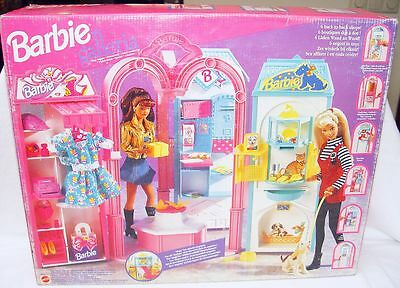 "Mattel BARBIE GALLERIA With 6 VILLAGE STORES 12"" Doll Figure Play Set MISB`95!"