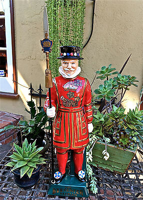 VNTG The Beefeater Yeoman Genuine English Ceramic NUMBERD Dry Gin Decanter CLEAN