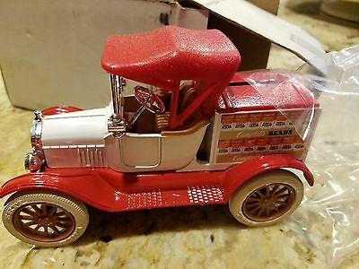 Ertl 1918 Ford Model T Runabout Truck Die Cast bank #9184 Campbells Beans
