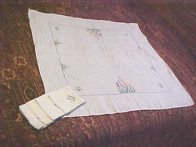5pc Beautiful Vintage Embroirered Tablecloth & Napkin Set-Free Shipping