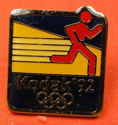 Official 1992 (BARCELONA) OLYMPIC Pin EASTMAN KODAK CO. RUNNER pic 20mm ME3253