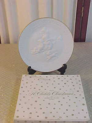1985 Avon Porcelain Collector Plate-A Child's Christmas-W/Box