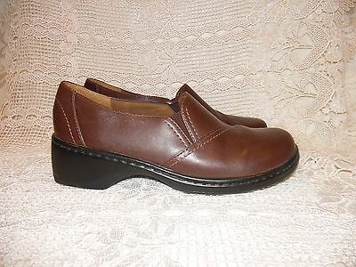 CLARKS 32446 Women's Size 8 M Brown Leather Slip-On Loafer Casual Shoes