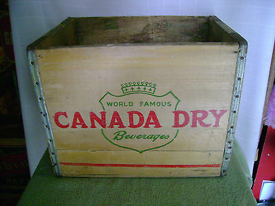 Vintage  Canada Dry Crate Wooden Crate 11-1952 Flint Michigan