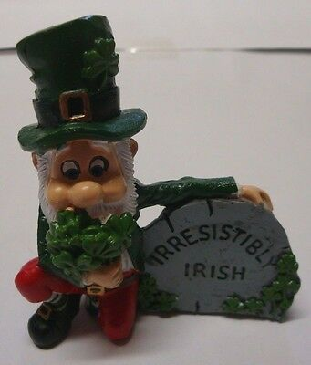 IRELAND WEE FOLK Leprechaun IRRESISTIBLY IRISH 88893