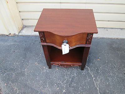57418 Mahogany Nightstand End table Stand