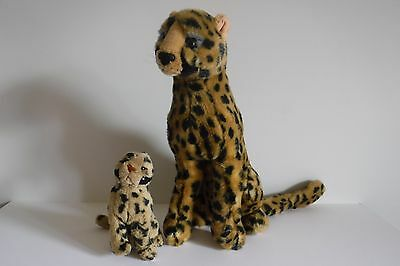 "K&M INTERNATIONAL INC 13.5"" Stuffed Animals Cheetah & Baby in V Good Condition"