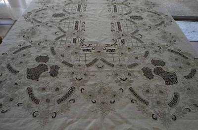 """Vintage Ecru Linen Needle Lace Tablecloth Embroidered Honeycomb Floral 102"""""""