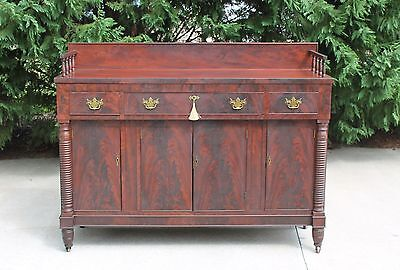 Federal Flamed  Mahogany Sideboard with Cellarette Drawer & Gallery wKey c1830