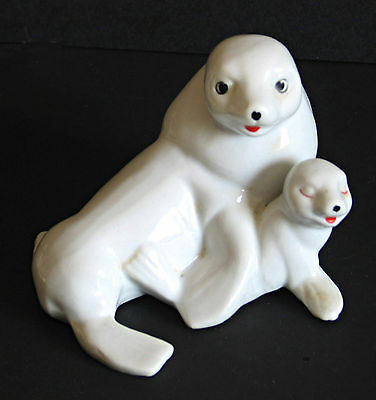 Ceramic White Seal with Baby Figure Vintage FREE SH