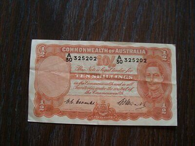 Australia 1939-52 10 Shillings Note/paper Money Condition: Good
