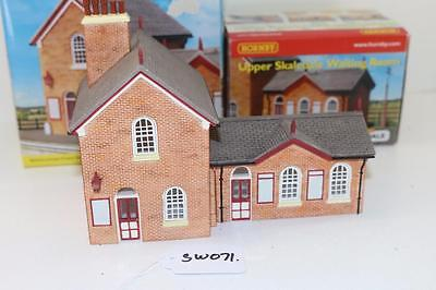OO 1:76 Hornby Upper Skaledale Station Building + Waiting room  FNQHobbys SK071