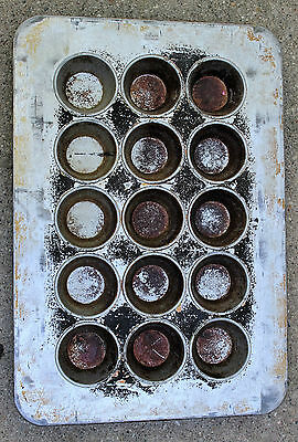 Chicago Metallic Commercial Cupcake Muffin Pans 8-oz 3x5 (15 muffins per pan)