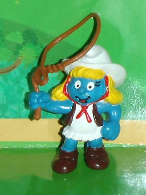 Vintage Rare Cowgirl Smurfette With A Lasso 1982 W. Germany Smurf Lot