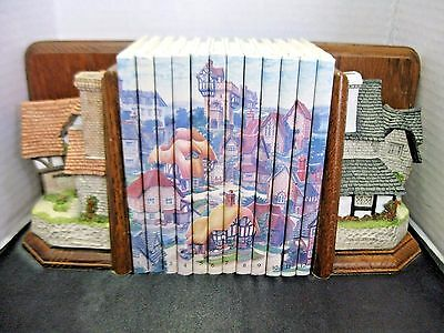 David Winter Bookends The Printer & The Bookbinder Cottages & 12 Books Complete