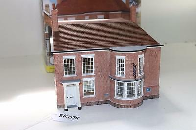 OO 1:76 Hornby Skaledale National Merchant Bank R9774 Used FNQHobbys SK075