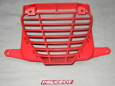 New Genuine Peugeot Speedfight Radiator grille Torrero Red PE734272RT