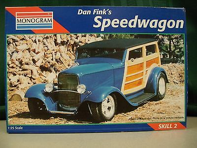 Monogram Dan Fink's Speedwagon Woody Wagon Car Toy Model Collectible 1:25