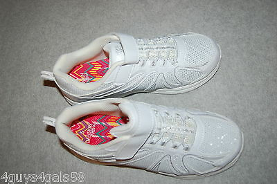 Girls Athletic Shoes WHITE Silver Accent EASY FASTEN Lt Weight 12 13 1 2 3 4 5 6