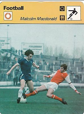 FOOTBALL carte joueur fiche photo MALCOLM MACDONALD ( ANGLETERRE )