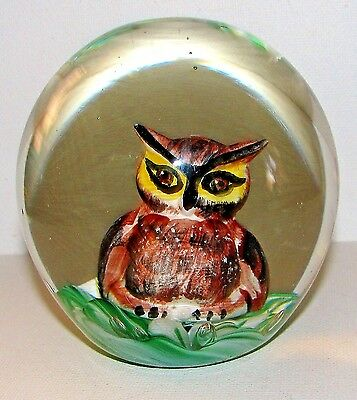 1972 Bob & Maude St Clair WISE OWL Sulphide Paperweight
