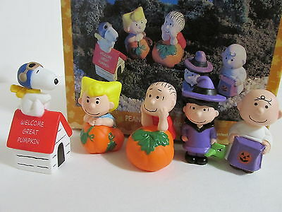 Snoopy Peanuts Charlie Brown Hallmark Halloween Merry Miniatures Figure Set 1996