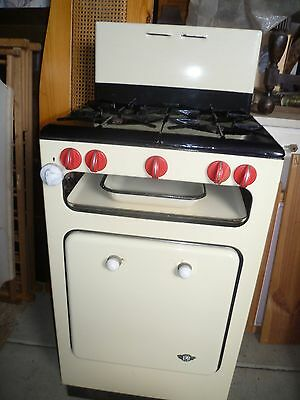 """ANTIQUE  GAS STOVE - YELLOW ENAMEL & RED - """"UMI"""" BRAND - 1940.s - VERY GOOD COND"""