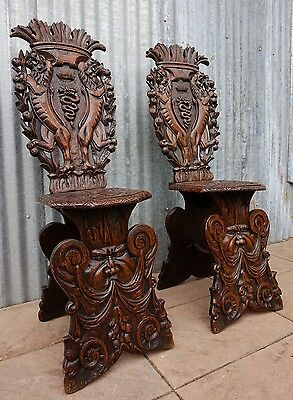Set of 2 Antique Carved Wooden Italian Sgabello Chairs, early 1800
