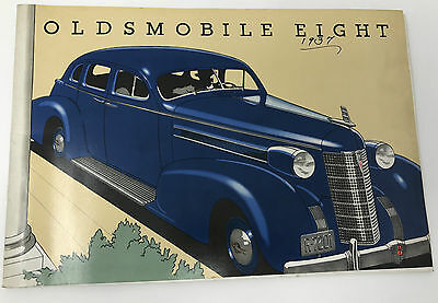 Vintage 1937 Oldsmobile  Eight Car Brochure Pamphlet Catalog 28 Pages FC  *1
