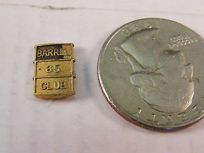Old Vintage Barrel 65 Club Pin