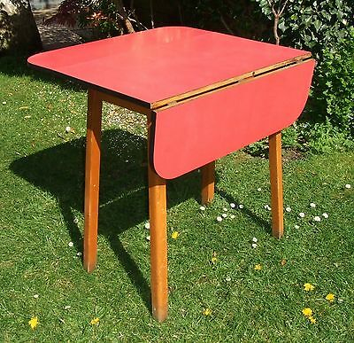 Vintage/Retro Mid-Century 1960's Dropleaf Formica Kitchen/Dining Table