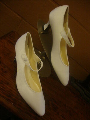 #16 New Vintage Crepe Dress Shoes for Wedding Bridal Size 11 Mary Jane Pumps