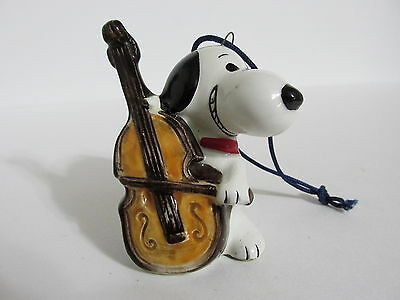 Snoopy Peanuts Charlie Brown Determined Ceramic Christmas Ornament Figure 1976