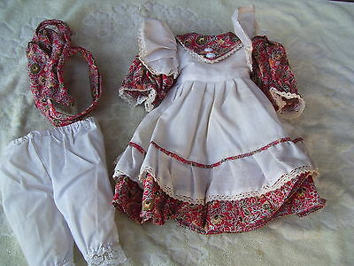 Alte Puppenkleidung Red White Apron Dress Outfit vintage Doll clothes 40 cm Girl