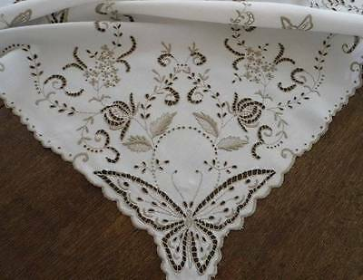 Vintage Madeira Linen Tablecloth Topper Butterflies Eyelet Flower Embroidery 44""