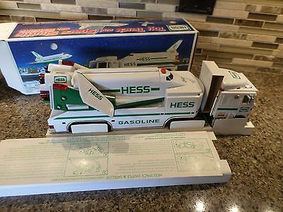 1999 Toy Truck & Space Shuttle with Satellite - Hess Vehicle MIB