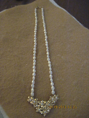 PRETTY White Rice Pearl & Gold w/ Faux Pearl Floral Necklace.....#4910