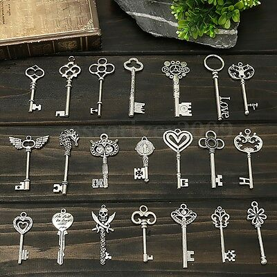 Premium Mixed Set of 30 Large Skeleton Keys Replicas Charm Antique Silver New