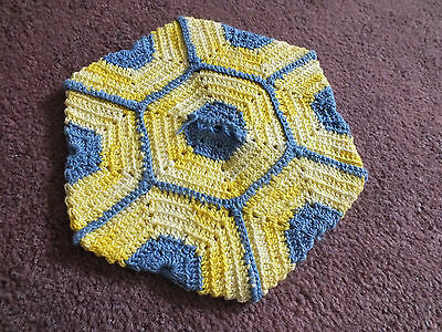 """Collectible Handmade Crocheted Pot Holder Bright Yellow & Blue 6"""" NICE"""