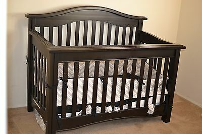Bonavita Easton Lifestyle Crib, Espresso 938.  convert into a toddler bed
