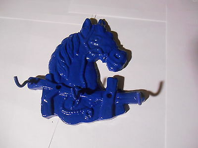 "CAST IRON HORSE HEAD,KITCHEN-KEY ,ECT: 3 HOOKS. DEEP BLUE  ( 6"" x 6""  X 1.3 )"